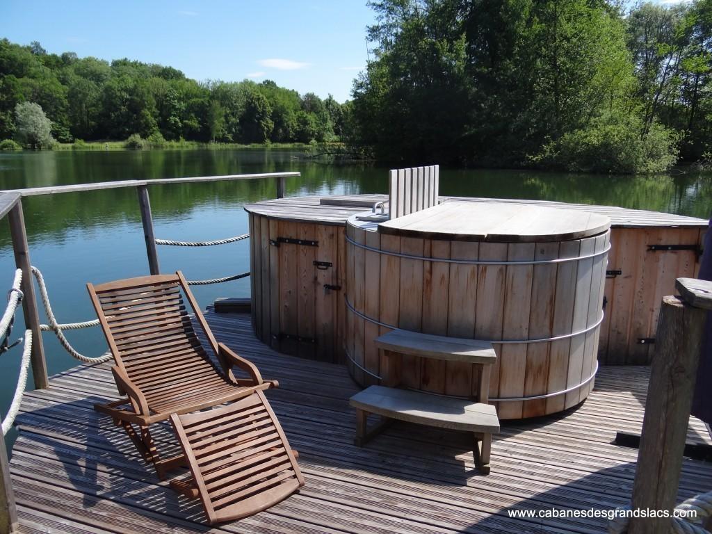 Un bain chaud à 39°C au milieu du lac notre innovation écologique 2014 !